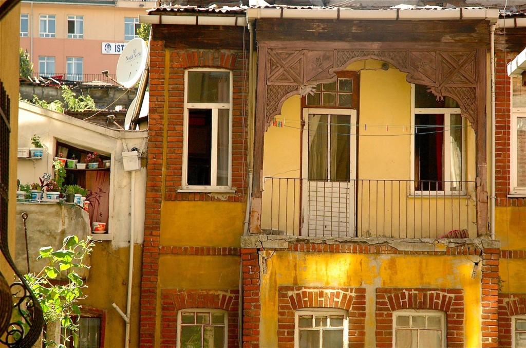 balconies.1.10