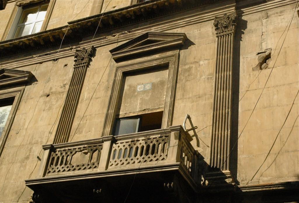 balconies.1.9
